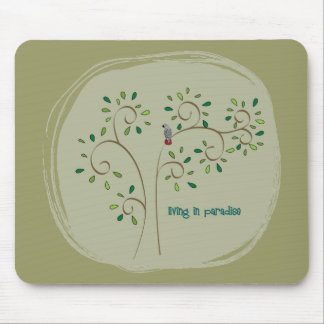 living in paradise mouse pad