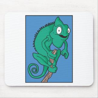 Lizard chameleon mouse pad