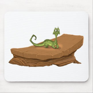 Lizard on rock mouse pad