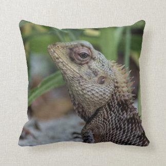Lizard Reptile Nature Photography Throw Pillow