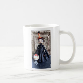Lizzie Morning After Coffee Mug