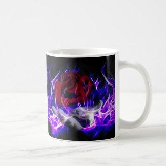 Llama violeta subió y mano de dioses taza