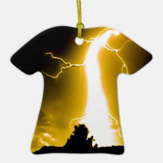 llamarada amarilla ornamentos de reyes