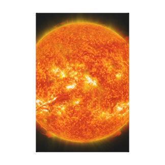 Llamarada solar o eyección total de la guirnalda e impresión de lienzo
