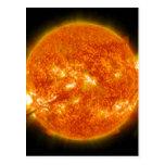 Llamarada solar o eyección total de la guirnalda postal
