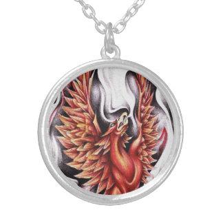 Llamas de la talla media del collar de Phoenix