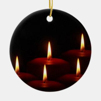 Llamas de vela del advenimiento del día de fiesta ornamentos para reyes magos
