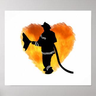 Llamas del amor de los bomberos posters
