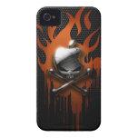 Llamas del cráneo y del goteo iPhone 4 Case-Mate coberturas