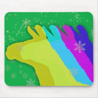 Llamas del navidad con las estrellas y copo de nie mouse pad