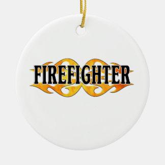 Llamas dobles del bombero adorno de navidad