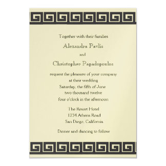 Llave griega en la invitación metálica del boda