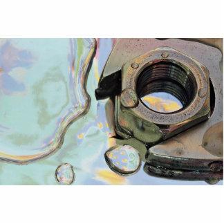 Llave inglesa, nuez en aceite esculturas fotográficas