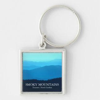 Llavero ahumado de las montañas de las colinas azu