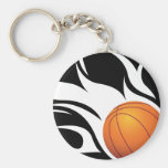 Llavero blanco y negro del baloncesto llameante