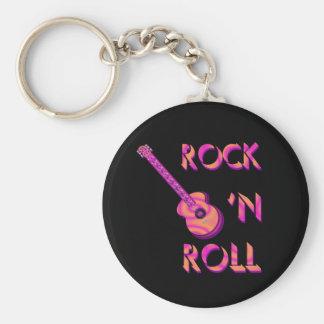 Llavero de la guitarra acústica del rock-and-roll