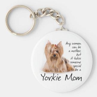 Llavero de la mamá de Yorkie