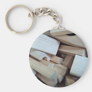 Llavero de madera de los bloques huecos