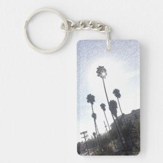 Llavero del bosquejo de la sol de la palmera