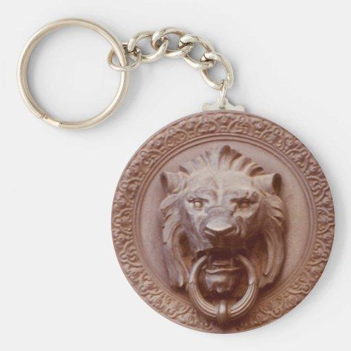 Llavero - golpeador de puerta principal del león