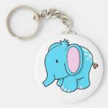 Llavero lindo del elefante de los azules cielos