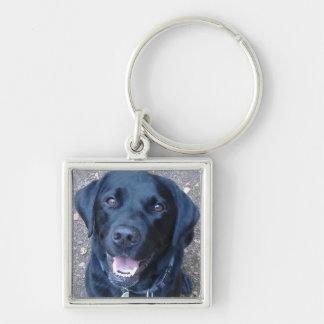 Llavero negro del perro de Labrador
