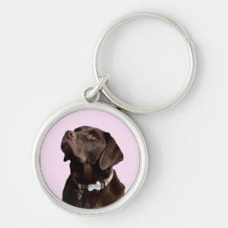 Llavero negro del perro de perrito del labrador
