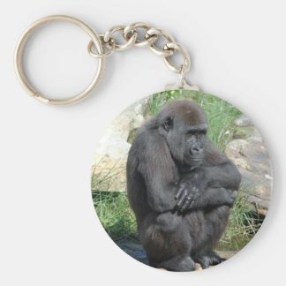 Llavero que se sienta del gorila