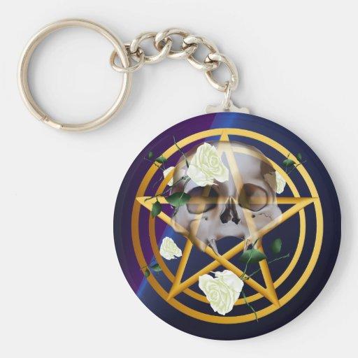 Llaveros Pentagram-Cráneo-Blancos de los rosas del