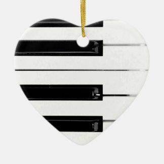 Llaves de teclado de piano adorno navideño de cerámica en forma de corazón