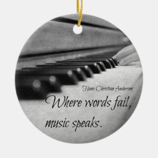 Llaves del piano de la cita de la música adorno redondo de cerámica