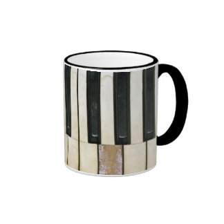 Llaves del piano tazas de café