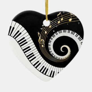 Llaves del piano y notas de la música del oro adorno navideño de cerámica en forma de corazón