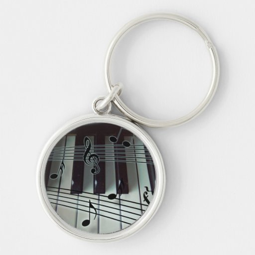 Llaves del piano y notas de la música llaveros