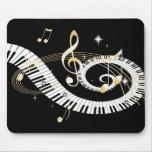 Llaves del piano y notas de oro de la música tapetes de raton