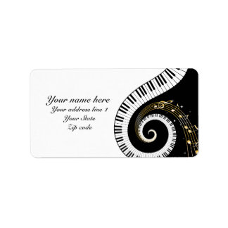Llaves del piano y notas musicales etiquetas de dirección