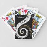 Llaves del piano y notas personalizadas de la baraja cartas de poker