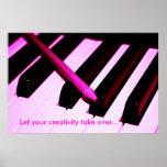Llaves del piano y primer del lápiz posters
