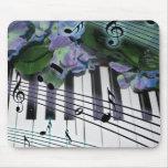 Llaves y flores del piano alfombrilla de ratones