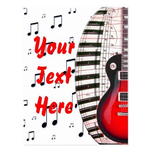 Llaves y nota rojas del piano de la guitarra tarjeta postal