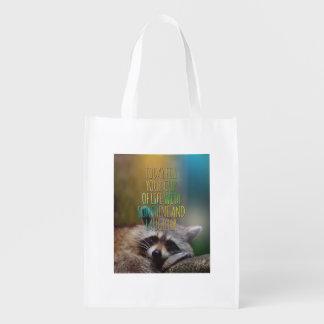 Llene su taza de cita de motivación del mapache de bolsas reutilizables