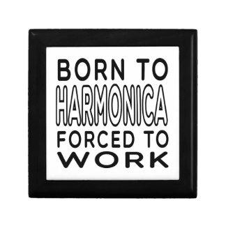 Llevado a la armónica forzada para trabajar caja de joyas