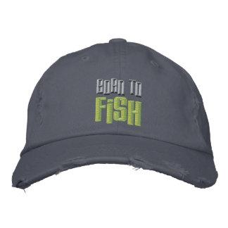 Llevado a los pescados bordó la gorra de béisbol a