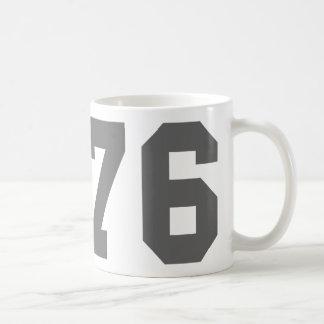 Llevado en 1976 taza