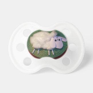 Llevado en año de las ovejas o las ovejas lindas chupete de bebe