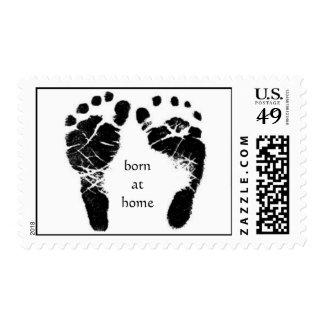llevado en casa, sellos de los pies del bebé