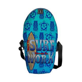 Llevado practicar surf forzado para trabajar bolsa messenger