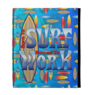 Llevado practicar surf forzado para trabajar