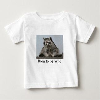 Llevado ser camisa salvaje del mapache