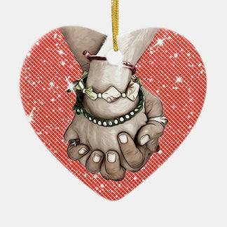 Llevar a cabo las manos adorno navideño de cerámica en forma de corazón